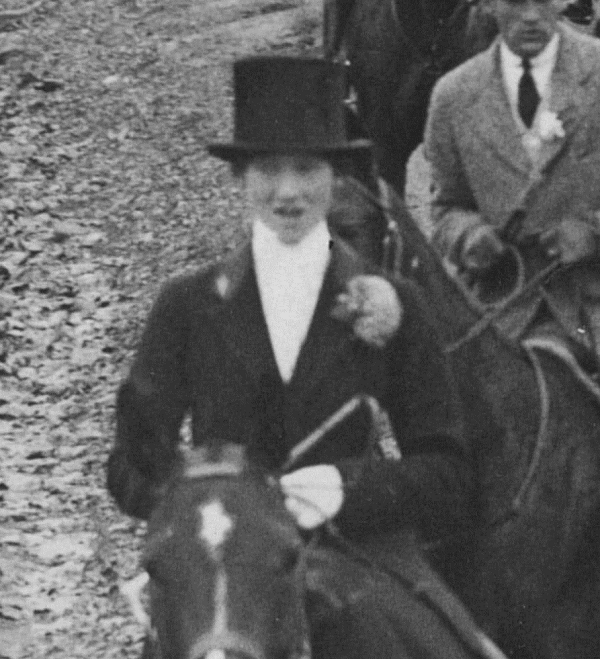 Dear Miss White: The two front riders are Miss Julia Gatewood...